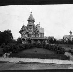 Carson Mansion HSU 1902.jpg
